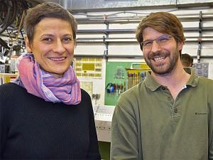 Veronika Stegmann, Leiterin des HEi (l.) und Matthias Dorsch, Werkstattleiter im HEi.