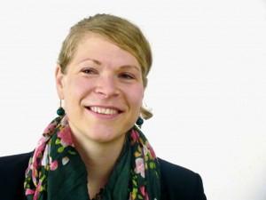 """Friederike Junker ist Projektkoordinatorin beim Netzwerk Münchner Migrantenorganisationen """"Morgen"""", das Vereinen wie dem Abdis Unterstützung anbietet. Foto: Netzwerk Münchner Migrantenorganisationen - Morgen"""