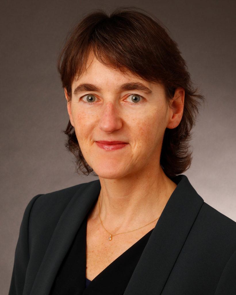 Portrait Gisela Roetzer, Autorin und Grafikdesignerin