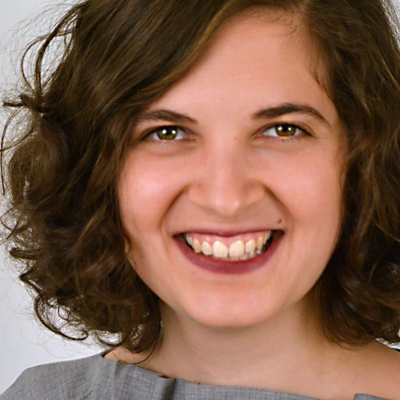 Anna Marie Mamar quadratisch
