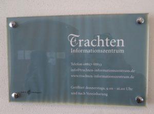 Schild Trachten Informationszentrum, Benediktbeuern