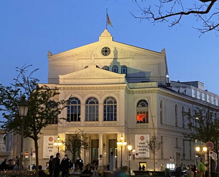Das Münchner Gärtnerplatztheater am Gärtnerplatz, Abendstimmung. Foto: Karoline Rupperti