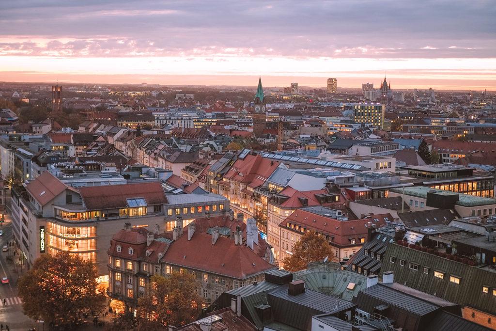 München von oben bei Abendstimmung; Foto: Karoline Rupperti