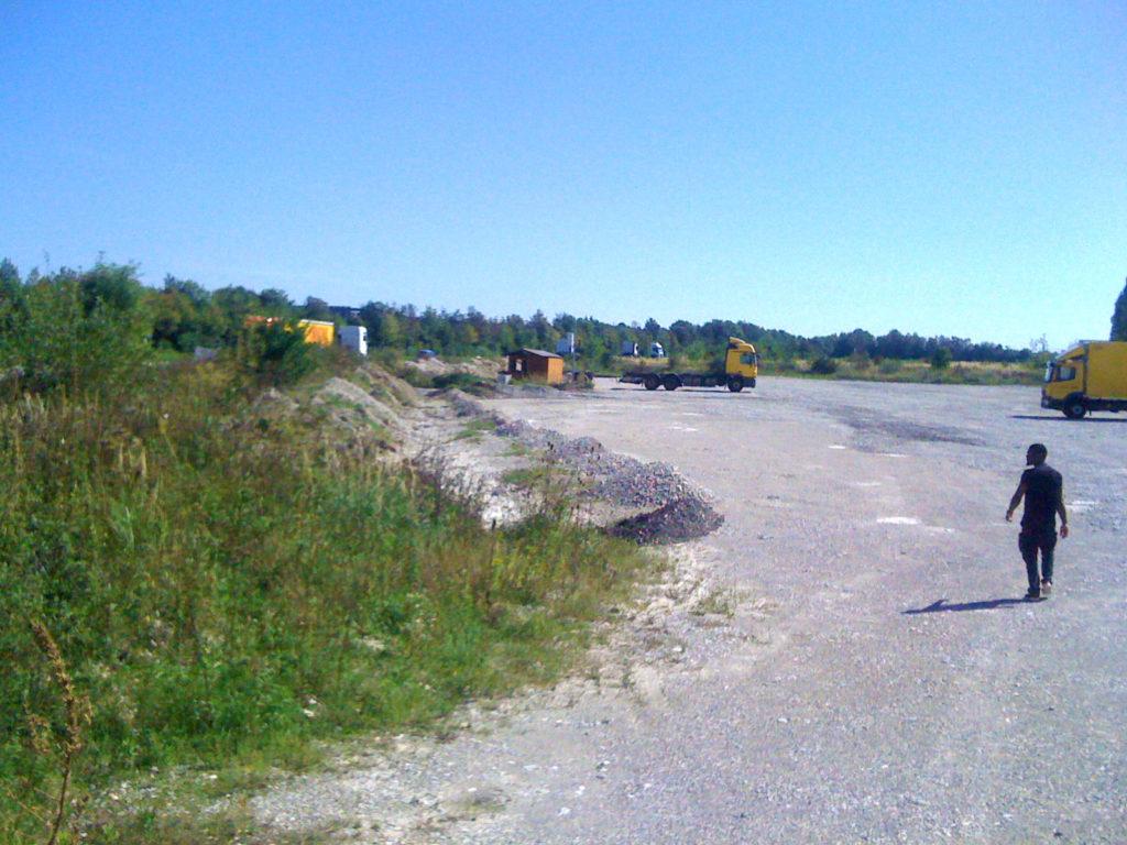 Parkplatz mit LKWs