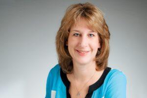 Porträtfoto von Claudia Strohmayer Autorin des Beitrages Flohmarkt: Rebuy, Repair, Reduce