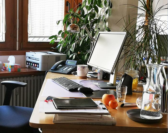 Schreibtisch bei Telefonseelsorge München